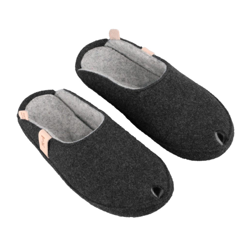 TOKU Brussels indoor slippers