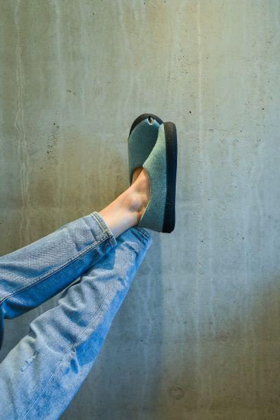Toku-Budapest-indoor-slippers-v8.