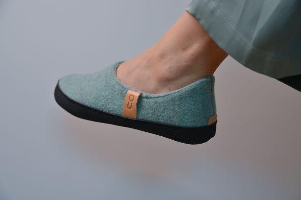 Toku-Budapest-indoor-slippers-v9